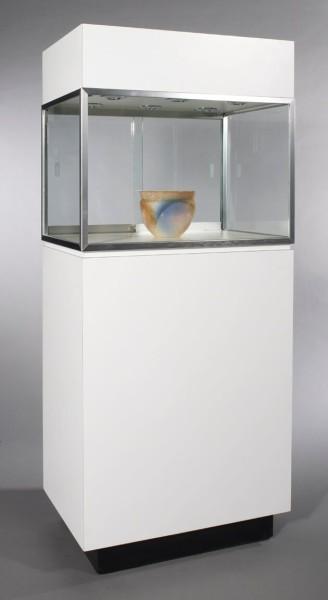 Museum Pedestal White